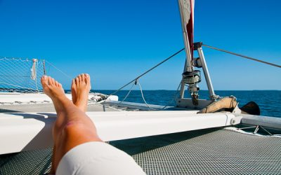 THE TEN COMMANDMENTS OF BUYING A CATAMARAN